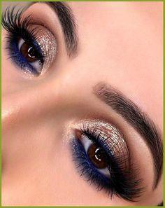 Blue Dress Makeup, Blue Makeup Looks, Pretty Eye Makeup, Beautiful Eye Makeup, Blue Eye Makeup, Blue Eye Shadow, Indian Eye Makeup, Sparkly Eye Makeup, Makeup Inspo