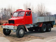 Cars And Motorcycles, Vintage Cars, Trucks, Autos, Prague, Historia, Truck, Vehicles, Funny Pics