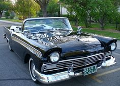 57 Ford Fairlane Sunliner Convertible, Vintage Cars, Antique Cars, Counting Cars, American Classic Cars, Ford Lincoln Mercury, Ford Fairlane, Ford Motor Company, Hot Cars