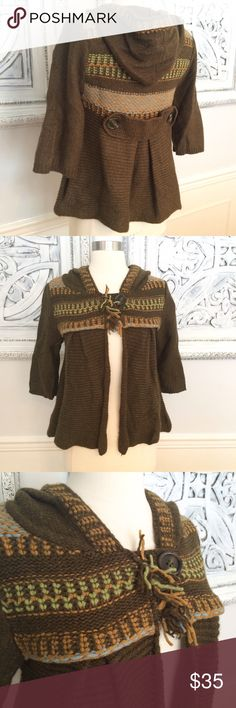 Free People Cropped Cardigan Sweater Sz. XS/S. Super cute and comfy cropped cardigan. One button closure, hooded back. Wool/angora blend. Warm and cozy. Smoke free, clean home. Free People Sweaters Cardigans