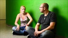 """Meestermichael.nu reporter bezoekt musicalgroep """"Eigen Wijs"""" in Nieuwkoop. Muziekles basisonderwijs bovenbouw. Kijk op www.meestermichael.nu voor bijlages en lesbrief."""