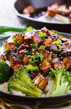 Tofu Broccoli Recipe, Spicy Tofu Recipes, Tofu Dinner Recipes, Tasty Vegetarian Recipes, Vegetarian Dinners, Vegan Recipes Easy, Cooking Recipes, Tofu Broccoli Stir Fry, Asian Broccoli