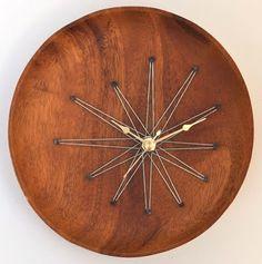 starburst string art (!) clock made from repurposed teak tray (via TheFabMissB's…