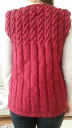 Red waistcoat for work women for men – women vests models - Womens Style Cardigan Au Crochet, Knit Crochet, Baby Knitting Patterns, Free Knitting, Baby Sweaters, Sweaters For Women, Red Waistcoat, Pull Bebe, Knit Vest Pattern