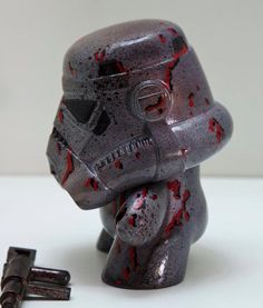 Storm Trooper (Battle Damaged), 8 inches poly stone Resin compound 1,5 kilos 100% hand made. Magnetic Joints on arms.