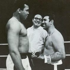 ♡♥Muhammad Ali greets the undefeated retired Rocky Marciano♥♡