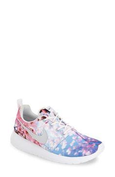 Nike 'Roshe Run' Sne