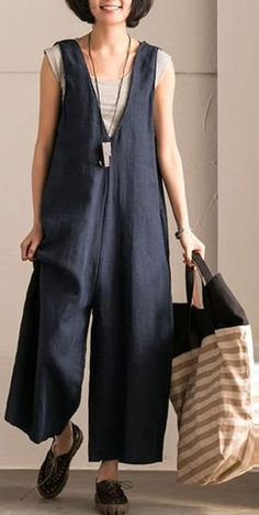 Blue V-Neck Causal Cotton Linen Oversize Overalls Women Clothes Casual Pure Color Sleeveless Jumpsuits For Women Diy Clothes, Clothes For Women, Look Fashion, Womens Fashion, Sporty Fashion, Ski Fashion, Fashion 2018, Fashion Ideas, Winter Fashion