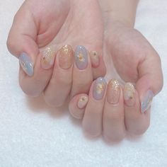 Private Nailsalon Vart on . Korean Nail Art, Korean Nails, Minimalist Nails, Soft Nails, Simple Nails, Cute Acrylic Nails, Cute Nails, Pearl Nails, Kawaii Nails