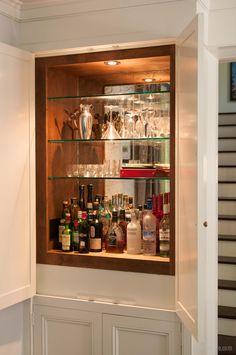 A bar built into existing shelves in an older home. Home Wet Bar, Diy Home Bar, Modern Home Bar, Home Bar Decor, Bar Sala, Small Bars For Home, Home Bar Rooms, Living Room Bar, Built In Bar