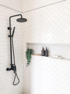 Salle de bain Lovely Industrial Farmhouse Bathroom ~Don't be Missed! Home Design, Modern House Design, Design Ideas, Floor Design, Design Trends, Contemporary Design, Diy Design, Design Inspiration, Modern Shower