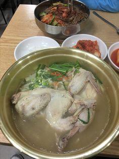 닭한마리 칼국수 6천원 경동시장 내