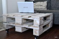 DIY pallet truck table