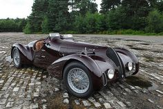 Alfa Romeo 6C 2500 Ex Franco Cortese   Photo : Michael Ward