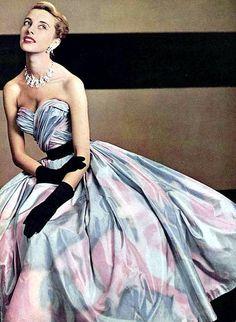 Beautiful taffeta strapless evening dress by Pierre Balmain, L'Officiel 1953