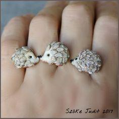 lampwork hedgehog tripple ring