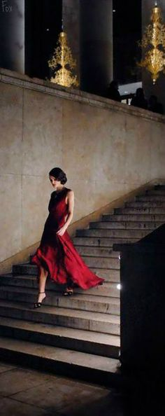 Keira Knightley, near home: Palais de Tokyo Keira Knightley, Keira Christina Knightley, Elisabeth Swan, Coco Chanel Mademoiselle, Fashion Photography Inspiration, Style Inspiration, Fancy, How To Pose, Classy And Fabulous