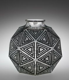 Suzanne Lalique, Nanking Vase, 1925. France. Via Corning Museum of Glass.