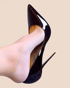 #highheel #heels #jimmychoo #anouk #louboutin #christianlouboutin #shoelover #stiletto