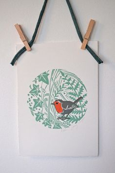 This original hand carved Robin lino print is printed in 4 colours on 300gsm Somerset Paper. Paper size: 28.5 cm x 20 cm Image size: 15 cm x 15 cm Print comes wrapped in biodegradable cellophane with recycled cardboard backing This print will fit in an A4 frame Posted first class