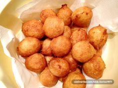 Evo konacno i jedan tradicionalni recept iz moje Boke Kotorske, posne fritule. Pripremaju se za vreme posta pred Uskrs, Bozic ... Ne upijaju ulje, prave se za cas i nestanu za cas ;) Pretzel Bites, Potatoes, Bread, Cookies, Vegetables, Ethnic Recipes, Food, Crack Crackers, Potato