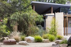 Photograph portfolio of native gardens and landscapes designed and built by Australian Landscape designer Sam Cox. Rockery Garden, Bush Garden, Dry Garden, Xeriscaping, Australian Garden Design, Australian Native Garden, Small Backyard Landscaping, Modern Landscaping, Landscaping Design