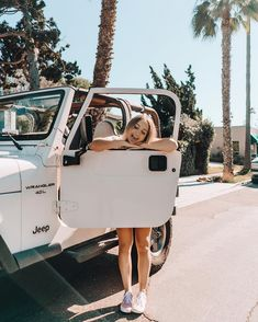 Credits do not belong to me Jeep insta inspo. Photoshoot in the summer. Jeep Photos, Car Pictures, Car Pics, Ford Gt, Audi Tt, My Dream Car, Dream Cars, Peugeot, Volkswagen