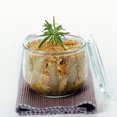 Découvrez la recette Crumble d'endives au four sur cuisineactuelle.fr.