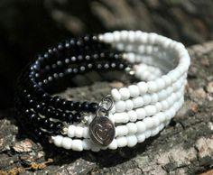 Bracelet noir et blanc