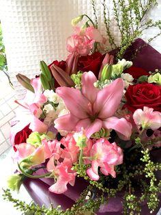 【バレエの発表会に、エレガントなピンクのスカシユリの花束】