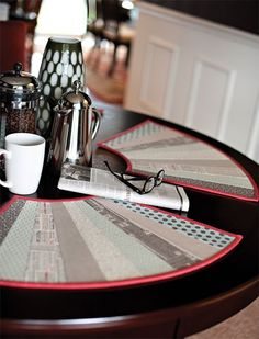 Quilt As You Go, Fan-Tastic Placemats for round tables, from Fast & Furious Family book by GE Designs