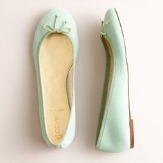 Google Image Result for http://alowcountrywed.com/wp-content/uploads/2012/03/mint-wedding-shoes.jpg