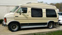 1989 Dodge Ram Van B250 Conversion Van, But my was a deep maroon color