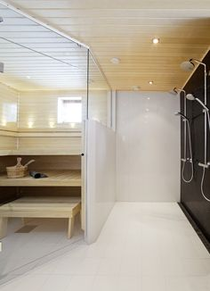 Elegant bathroom design with sauna room and shower separated by a glass Sauna House, Sauna Room, Bathroom Spa, Bathroom Layout, Master Bathroom, Scandinavian Saunas, Scandinavian Design, Modern Saunas, Interiors