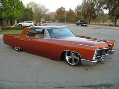 Cadillac : DeVille Coupe