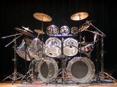 1970's Ludwig clear Vistalite drum kit