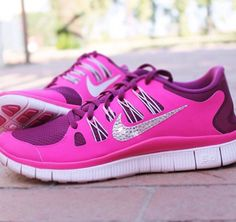 These shoes are so cute!!!!! I want to badazle my nike's so bad
