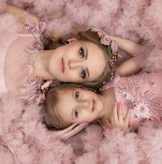 Maternity Dresses For Photoshoot, Crown, People, Photography, Jewelry, Fashion, Moda, Corona, Photograph