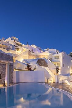 Andronis Luxury Suites, Greece