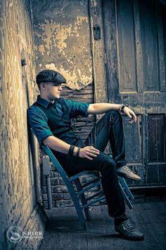 Senior Guy Sporty   Shirk Photography   Iowa Portrait Art