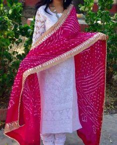 Bandhani Tie and Dye Stole, Bandhej Silk Embellished Stole with golden gota patti lace Indian Dupatta dark Pink Color in 2020 Pakistani Lehenga, Lehenga Dupatta, Pakistani Dresses, Indian Dresses, Indian Outfits, Bridal Dupatta, Shadi Dresses, Anarkali Dress, Bollywood Saree