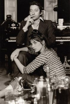 """Serge Gainsbourg et Jane Birkin "" Serge Gainsbourg, Gainsbourg Birkin, Jane Birkin, Francoise Hardy, Provocateur, Couple Shoot, Old Hollywood, Style Icons, Love Story"