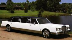 Coach Builders, Lincoln Continental, Car Ford, Limousine, Cadillac, Antique Cars, Presidents, Automobile, Scene