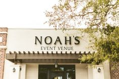 Katie & Josh's Glamorous Fall-Toned Wedding at NOAH'S Event Venue in Lake Mary, Florida | Photo by Concept Photography