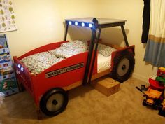 DIY tractor bed for 3 year old boy
