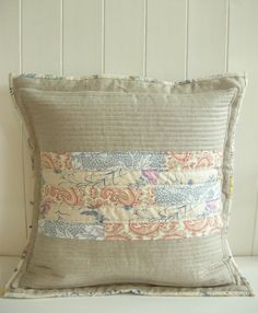 Love the muted tones on this cushion