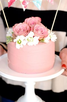 1000+ ideas about Raspberry Buttercream Frosting on ...