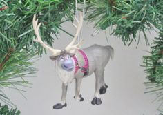 Disney Frozen 'Sven the reindeer' Holiday Ornament - Limited Availability Frozen Pics, Frozen Pictures, Frozen And Tangled, Disney Frozen, Frozen Christmas Tree, Disney Christmas Ornaments, Reindeer Christmas, Merry Christmas, Hong Kong Disneyland