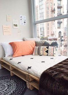 Cozy nook hideaway spaces palet mobilya, palet yataklar и ya Modern Bedroom Decor, Small Room Bedroom, Cozy Bedroom, Trendy Bedroom, Bedroom Colors, Bedroom Ideas, Bed Room, Bed Ideas, Decor Room