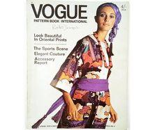 Vintage Vogue Pattern Book April - May 1970 Vintage Vogue Patterns, Motif Vintage, Oriental Print, Vogue Wedding, Couture Accessories, Wedding News, Laurel Burch, Famous Models, Vogue Magazine